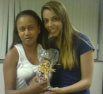 Natalia Jesus (recuperadora premiada equipe Itaú Massificados - Fábrica II) e Edjane Amorim (coordenadora equipe Itaú Massificados - Fábrica II)