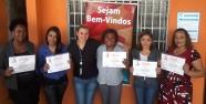 Priscilla Abreu (Analista de Treinamento e Desenvolvimento) e participantes do dia 12/04