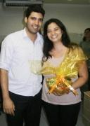 Henrique Fantaguzzi (assistente jurídico) e Kelly Cialdrette (administrativo) na Páscoa da filial jurídica Belo Horizonte