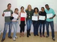 Priscilla Abreu (Analista de Treinamento e Desenvolvimento) e participantes dos dias 09 e 10/05