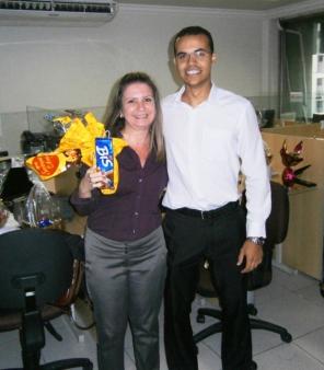 Ilma Andrade (advogada) e Bernardo Ramalho (estagiário) na Páscoa da filial jurídica Belo Horizonte