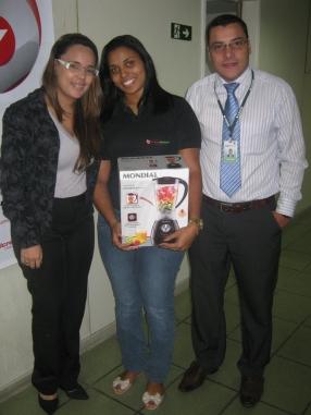 Camilla Anizio Guerra (coordenadora Vitória), Erica Ananias Santos (contemplada Vitória) e Hilton Velten Gonçalves (gestor Vitória)