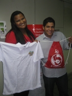 Monica Ferreira do Nascimento (coordenadora filial Vitória) e Igor Alves Guilherme (recuperador contemplado filial Vitória)