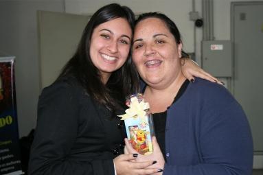 Anna Julia (monitora de qualidade) e Blanda (recuperadora premiada)