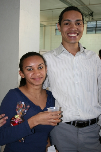Silvanete (recuperadora premiada) e Wanderson (coordenador)
