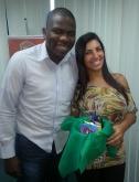 Helaize Silva (recuperadora premiada) e Thiago Henrique (coordenador - Fábrica II)