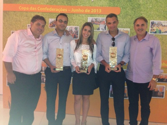 Evento de Premiação Itaú - Negociadores FC (Alexandre Rodrigues, William Rodrigues, Tatiana Mendonça, Marcelo Pires e Celso Marcon)